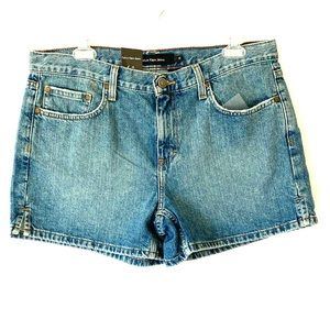 NWT Calvin Klein Jeans Light wash Denim Shorts